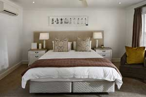 How to Arrange Furniture in a Square Bedroom